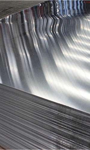 Chapa em alumínio
