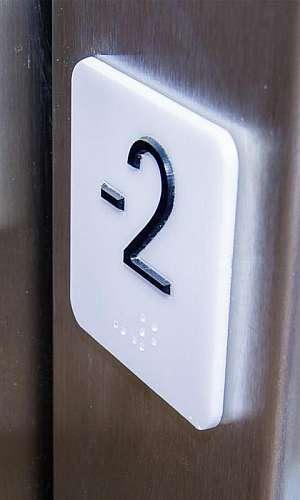 Placas em braille preço